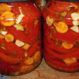 Парени пиперки на ленти
